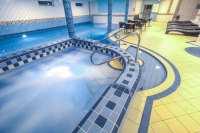 Wellness mit Whirlpool